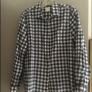 Navy/white checkered blouse